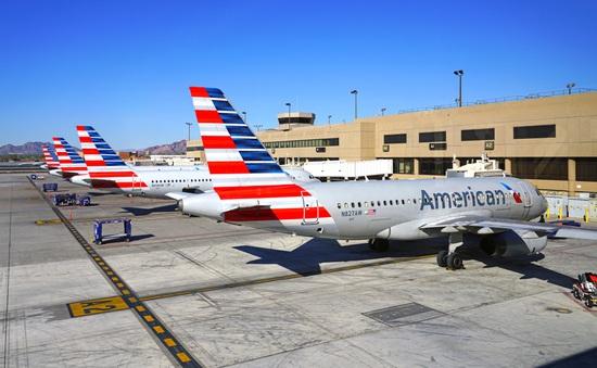 Thêm nhiều hãng hàng không thu hẹp hoạt động vì dịch viêm phổi cấp