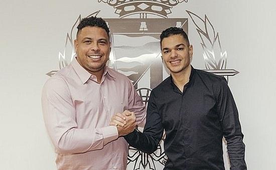 """Danh thủ người Pháp đầu quân cho CLB của Ronaldo """"người ngoài hành tinh"""""""
