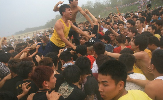 Đề nghị tạm dừng hoạt động đánh phết tại lễ hội phết Hiền Quan 2020