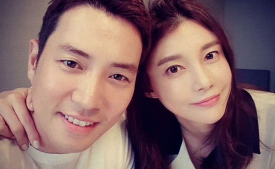 Vợ chồng Joo Sang Wook và Cha Ye Ryun quyên góp số tiền lớn từ thiện
