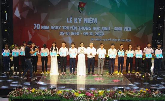 Kỷ niệm 70 năm ngày truyền thống học sinh, sinh viên