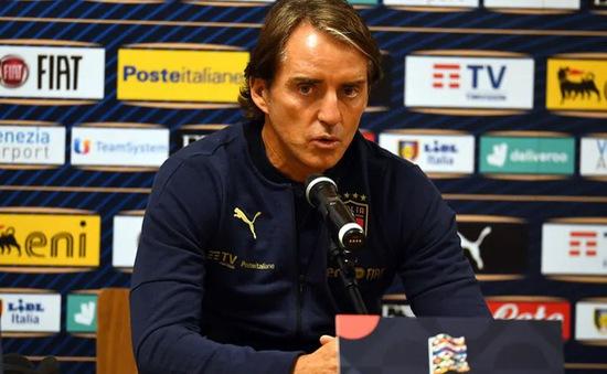 HLV Roberto Mancini lo lắng trước trận gặp Ba Lan
