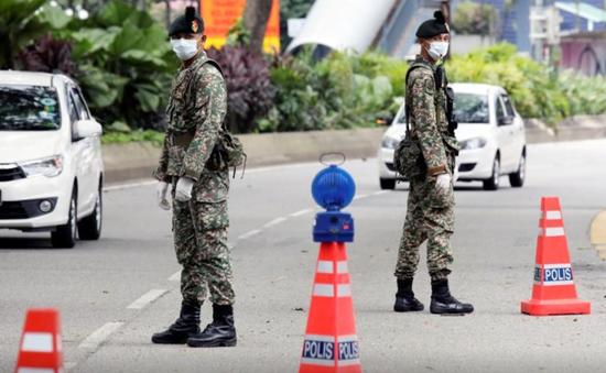 Malaysia điều động quân đội để chống dịch COVID-19