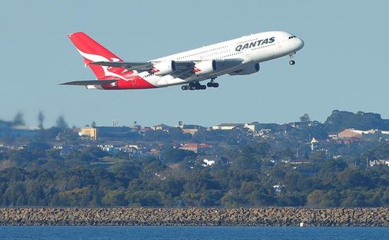 """Qantas thực hiện thành công chuyến bay kỳ lạ """"không điểm đến"""""""