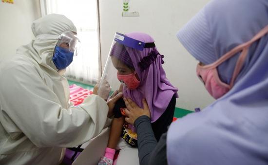 Indonesia đặt mục tiêu tiêm vaccine ngừa COVID-19 cho người dân từ tháng 11 tới