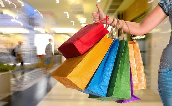 Từ 15/10, bán hàng xách tay có thể bị phạt đến hàng trăm triệu đồng