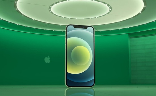 """Apple liên tục """"chọc ngoáy"""" đối thủ tại sự kiện ra mắt iPhone 12"""
