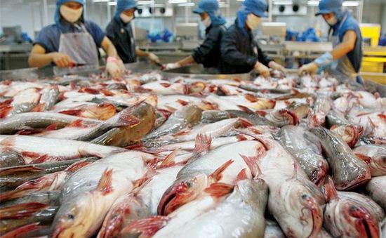 """Bị ép tăng chiết khấu, doanh nghiệp thủy sản """"than"""" khó"""
