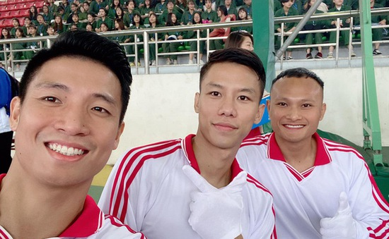 3 tân sinh viên đặc biệt khoác áo đội tuyển bóng đá quốc gia