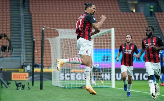 Inter Milan 1-2 AC Milan: Ibrahimovic lập cú đúp, Milan chiếm ngôi đầu bảng