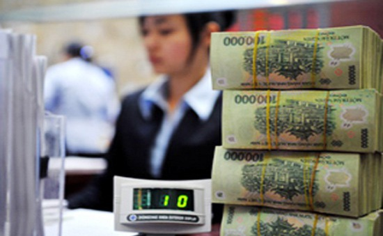"""Hạ lãi suất điều hành: """"Cú đánh"""" mạnh kích thích phục hồi nền kinh tế"""