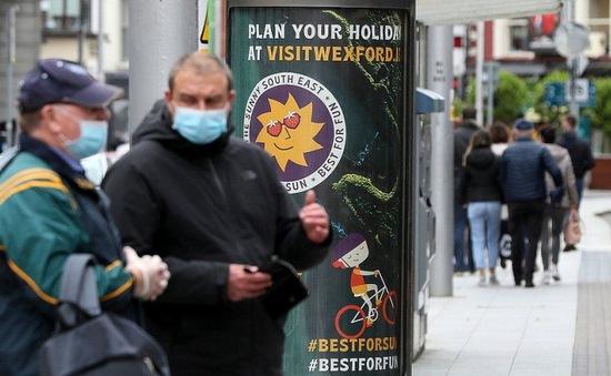 Ireland - quốc gia EU đầu tiên tái áp đặt lệnh phong tỏa