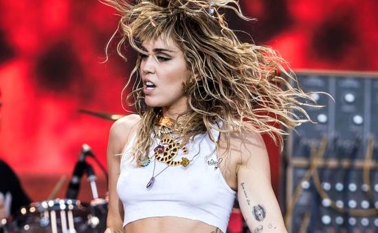 Miley Cyrus xác nhận ra mắt album nhạc rock