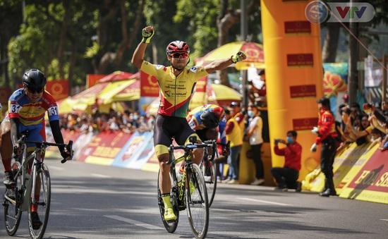 [Kết thúc] Chặng khai mạc giải Xe đạp VTV - Cúp Tôn Hoa Sen 2020: Lê Nguyệt Minh giành chiến thắng chặng mở màn