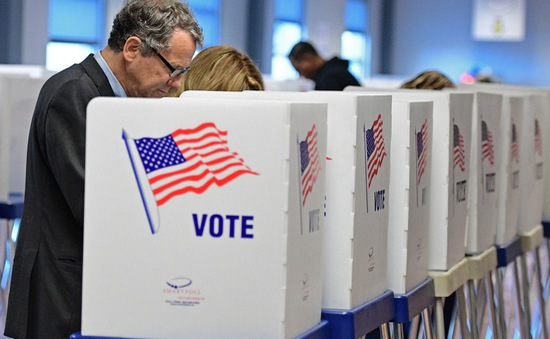 Kỷ lục hơn 60 triệu cử tri tham gia bỏ phiếu sớm bầu cử Tổng thống Mỹ