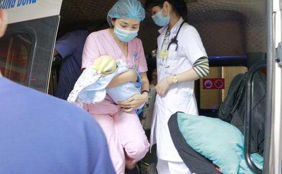 Vượt 300km, giành giật sự sống cho bé sơ sinh 7 ngày tuổi mắc bệnh tim bẩm sinh nguy kịch