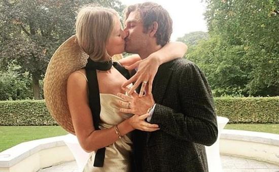 Tình cũ của Leonardo DiCaprio lần lượt kết hôn