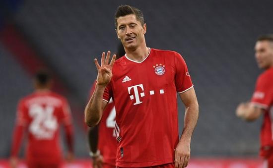 Bayern Munich 4-3 Hertha Berlin: Màn tỏa sáng của Lewandowski