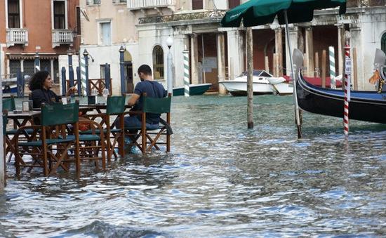 Bão Alex tàn phá Pháp và Italy, ít nhất 8 người thiệt mạng, 30 trường hợp mất tích