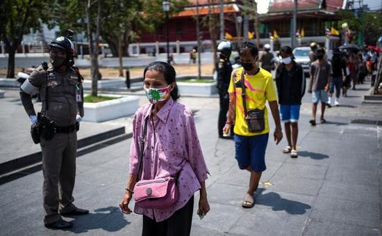 Thái Lan giảm thuế cho người dân để thúc đẩy tăng trưởng