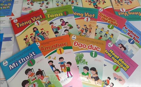 Lấy ý kiến điều chỉnh ngữ liệu sách giáo khoa Tiếng Việt 1 bộ Cánh Diều