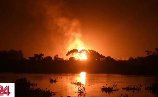 Ấn Độ dập tắt đám cháy lớn từ hơn 5 tháng trước tại một giếng dầu