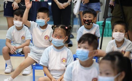 Hàng loạt cụm dịch bệnh hô hấp bùng phát tại trường học ở Hong Kong (Trung Quốc)