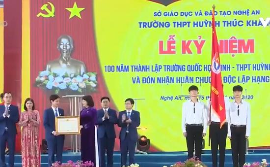 Kỷ niệm 100 năm trường Huỳnh Thúc Kháng, Nghệ An