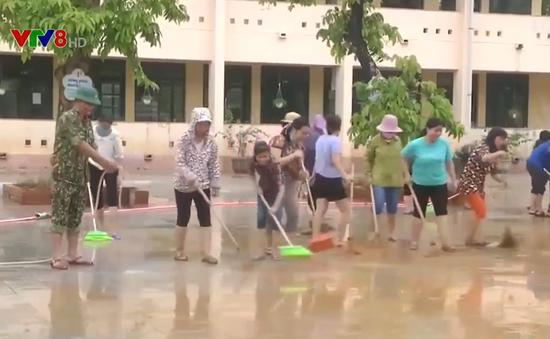 Hỗ trợ người dân sửa chữa nhà cửa, trường học, khôi phục sản xuất sau bão lũ