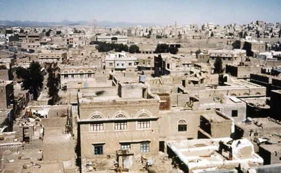 """Thành phố đất sét cổ đại """"Manhattan của sa mạc"""" bên bờ vực sụp đổ"""