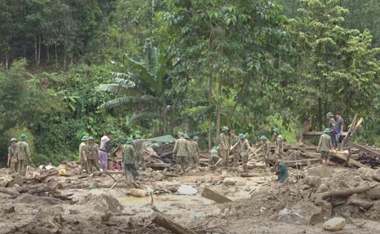 Sử dụng thiết bị bay không người lái tìm kiếm các nạn nhân mất tích ở Trà Leng