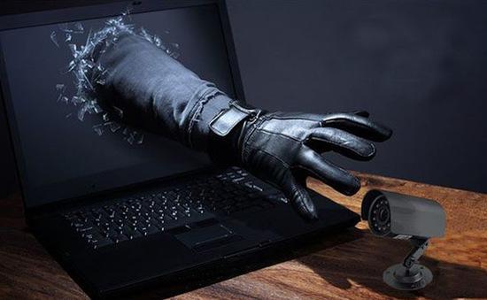 Hack camera - khi sự riêng tư bị xâm hại để trục lợi