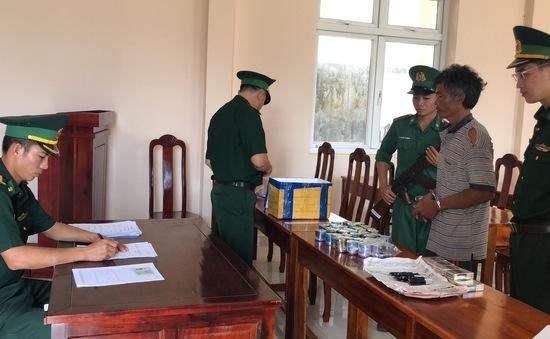 Bắt đối tượng dùng thuốc nổ đánh bắt hải sản trái phép ở đảo Nam Du