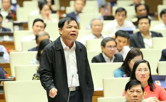 """Bộ trưởng Bộ NN&PTNT: """"Thuỷ Tinh đánh đến đâu thì Sơn Tinh dâng đến đấy"""""""