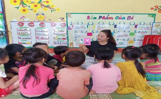 Cô giáo trẻ vùng cao vượt khó, tâm huyết với nghề nuôi dạy trẻ