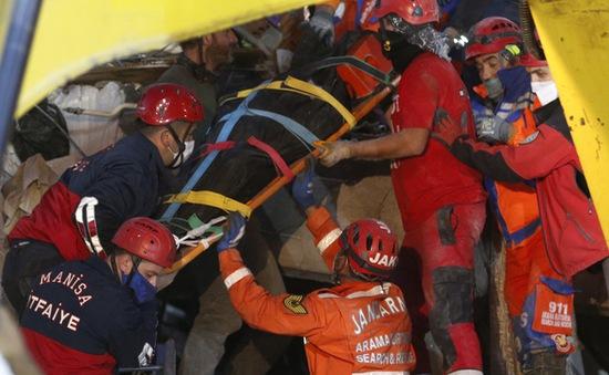 Thổ Nhĩ Kỳ ngừng cứu nạn thảm họa động đất