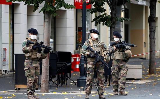 """Nước Pháp lo ngại """"có thể bị tấn công bất cứ lúc nào"""""""
