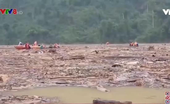 Quảng Nam nối lại các hoạt động tìm kiếm nạn nhân sạt lở đất