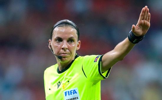 Trọng tài nữ đầu tiên điều khiển 1 trận đấu tại Champions League