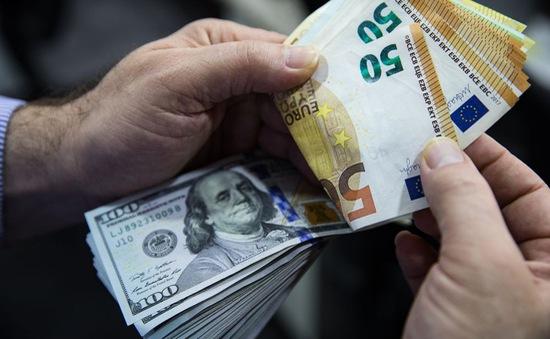 """Ngân hàng Trung ương châu Âu """"bất lực"""" trước đồng Euro mạnh"""