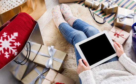 Mua sắm online bùng nổ tại Mỹ trong kỳ nghỉ lễ