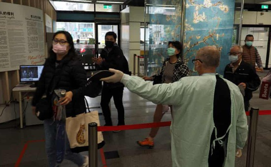 Phạt nặng phi công lây bệnh cho ca mắc COVID-19 cộng đồng mới tại Đài Loan (Trung Quốc)