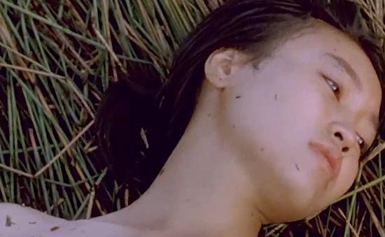 """Ninh Dương Lan Ngọc khóc tu tu sau cảnh bị làm nhục trong """"Cánh đồng bất tận"""", đạo diễn không cho khóc"""