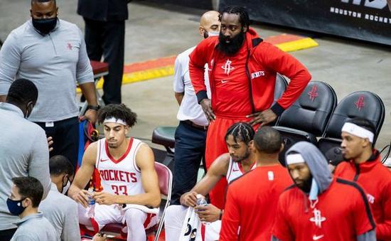 COVID-19 vẫn gây khó cho Houston Rockets