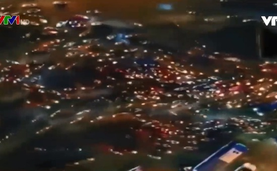 Giao thông nhìn từ trên cao: Mỗi người một đường, phố sá hỗn loạn