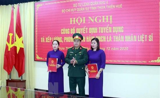 Vụ sạt lở Rào Trăng 3: Tuyển dụng, trao quân hàm cho thân nhân liệt sỹ