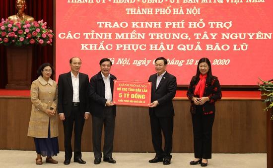 Hà Nội ủng hộ 91 tỷ đồng hỗ trợ đồng bào miền Trung, Tây Nguyên bị bão lũ