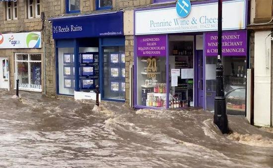 Châu Âu hứng chịu thiệt hại nặng do bão Ciara