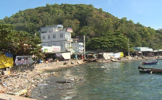 Nhiều đảo du lịch ở vùng biển Tây Nam quá tải rác thải