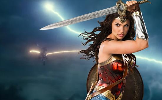 """""""Wonder Woman 1984"""": Khai thác khía cạnh đơn độc của siêu anh hùng"""